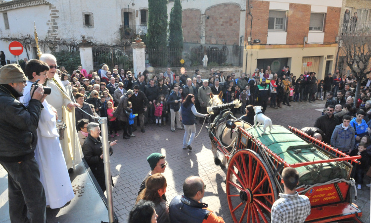 TRES TOMBS 2014